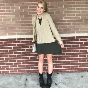 Francesca's Beige sweater